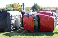 Overturned Tractor Trailer, SR54, Hometown, 10-19-2015 (14)