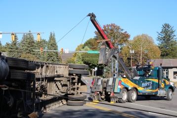Overturned Tractor Trailer, SR54, Hometown, 10-19-2015 (140)