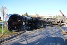 Overturned Tractor Trailer, SR54, Hometown, 10-19-2015 (147)