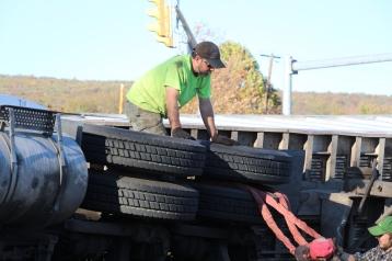 Overturned Tractor Trailer, SR54, Hometown, 10-19-2015 (151)
