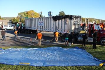 Overturned Tractor Trailer, SR54, Hometown, 10-19-2015 (174)