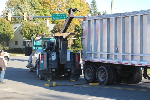 Overturned Tractor Trailer, SR54, Hometown, 10-19-2015 (188)