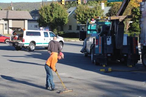 Overturned Tractor Trailer, SR54, Hometown, 10-19-2015 (189)