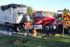 Overturned Tractor Trailer, SR54, Hometown, 10-19-2015 (227)