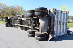 Overturned Tractor Trailer, SR54, Hometown, 10-19-2015 (34)