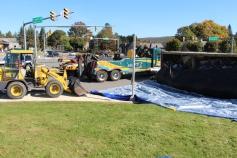 Overturned Tractor Trailer, SR54, Hometown, 10-19-2015 (40)