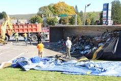 Overturned Tractor Trailer, SR54, Hometown, 10-19-2015 (64)