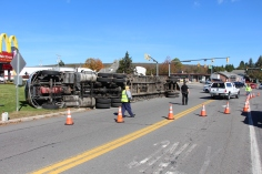 Overturned Tractor Trailer, SR54, Hometown, 10-19-2015 (7)