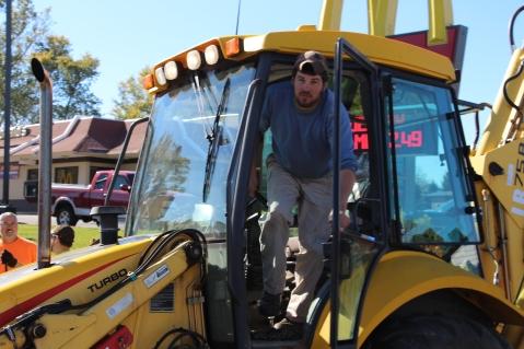 Overturned Tractor Trailer, SR54, Hometown, 10-19-2015 (81)