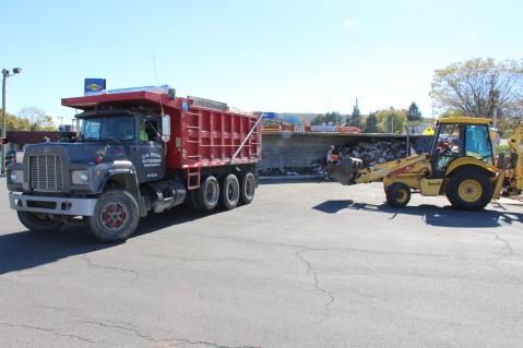Overturned Tractor Trailer, SR54, Hometown, 10-19-2015 (91)