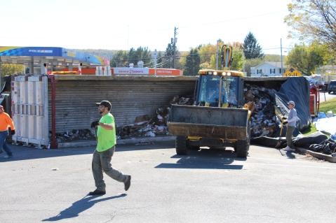 Overturned Tractor Trailer, SR54, Hometown, 10-19-2015 (92)