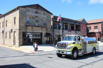 Parade for New Fire Station, Pumper Truck, Boat, Lehighton Fire Department, Lehighton (207)