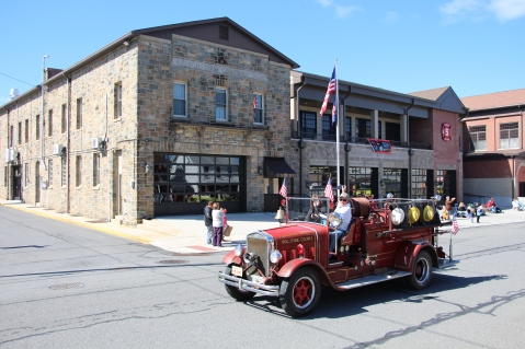 Parade for New Fire Station, Pumper Truck, Boat, Lehighton Fire Department, Lehighton (211)