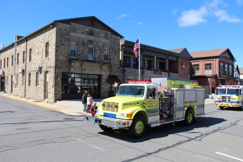 Parade for New Fire Station, Pumper Truck, Boat, Lehighton Fire Department, Lehighton (222)