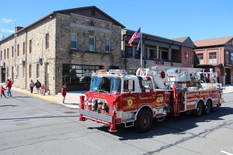 Parade for New Fire Station, Pumper Truck, Boat, Lehighton Fire Department, Lehighton (431)