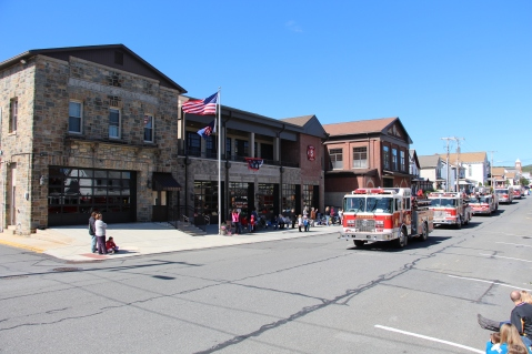 Parade for New Fire Station, Pumper Truck, Boat, Lehighton Fire Department, Lehighton (60)