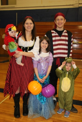 Safe Trick Or Treat Night, Tamaqua Area Senior High School, Tamaqua, 10-29-2015 (137)