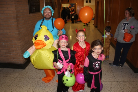 Safe Trick Or Treat Night, Tamaqua Area Senior High School, Tamaqua, 10-29-2015 (2)