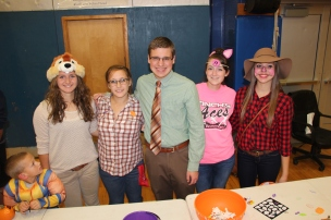 Safe Trick Or Treat Night, Tamaqua Area Senior High School, Tamaqua, 10-29-2015 (31)