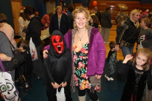 Safe Trick Or Treat Night, Tamaqua Area Senior High School, Tamaqua, 10-29-2015 (34)