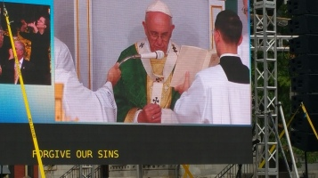 Salvation Army volunteers, Preparing for Pope Visit, Philadelphia, 9-25-2015 (164)