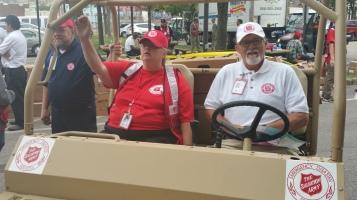 Salvation Army volunteers, Preparing for Pope Visit, Philadelphia, 9-25-2015 (60)