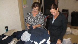School Uniform Clothing Giveaway, Drop-Off, Salvation Army, Tamaqua, 9-19-2015 (7)