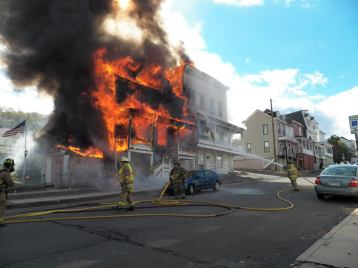 Structure Fire, photos courtesy Bill N Tonia, Ashland, 10-18-2015 (11)
