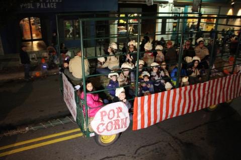 Tamaqua Lions Club Halloween Parade, Broad Street, Tamaqua, 10-27-2015 (231)