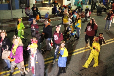 Tamaqua Lions Club Halloween Parade, Broad Street, Tamaqua, 10-27-2015 (246)