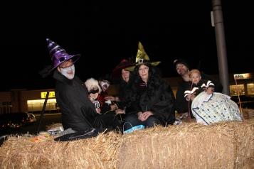 Tamaqua Lions Club Halloween Parade, Broad Street, Tamaqua, 10-27-2015 (34)