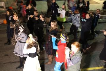 Tamaqua Lions Club Halloween Parade, Broad Street, Tamaqua, 10-27-2015 (414)