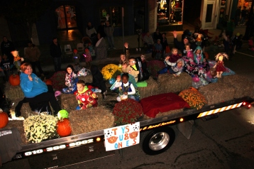 Tamaqua Lions Club Halloween Parade, Broad Street, Tamaqua, 10-27-2015 (591)