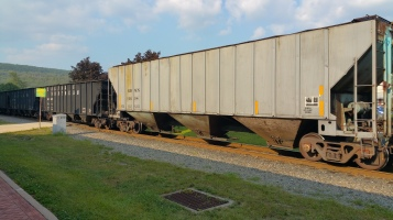 Train Through Tamaqua, 9-1-2015 (8)