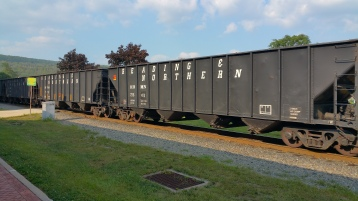Train Through Tamaqua, 9-1-2015 (9)