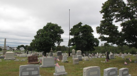 Volunteers Cleaning GAR Cemetery, Summit Hill, 9-13-2015 (23)