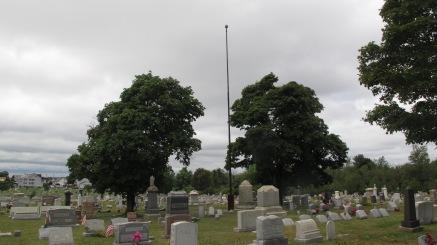 Volunteers Cleaning GAR Cemetery, Summit Hill, 9-13-2015 (24)