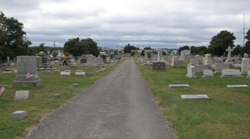 Volunteers Cleaning GAR Cemetery, Summit Hill, 9-13-2015 (30)
