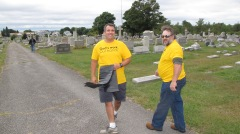 Volunteers Cleaning GAR Cemetery, Summit Hill, 9-13-2015 (7)