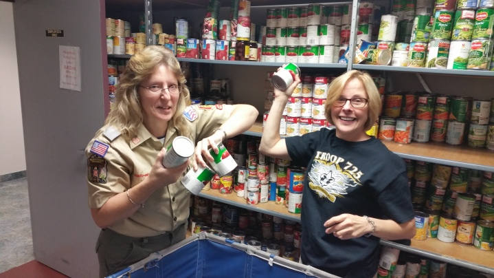 11-5-2015, Barnesville Boy Scout Troop 725 Sort Food Donations, Tamaqua Salvation Army, Tamaqua (13)