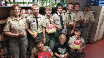 11-5-2015, Barnesville Boy Scout Troop 725 Sort Food Donations, Tamaqua Salvation Army, Tamaqua (3)