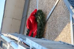 Coaldale Fire Company Placing Christmas Wreath, Trinity UCC, Tamaqua, 11-14-2015 (14)