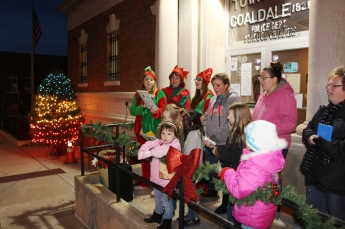 Coaldale Holiday Tree Lighting, Via C.H.O.S.E., Borough Hall, Coaldale, 11-29-2015 (19)