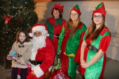 Coaldale Holiday Tree Lighting, Via C.H.O.S.E., Borough Hall, Coaldale, 11-29-2015 (31)