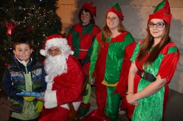 Coaldale Holiday Tree Lighting, Via C.H.O.S.E., Borough Hall, Coaldale, 11-29-2015 (36)