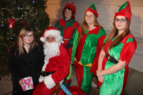 Coaldale Holiday Tree Lighting, Via C.H.O.S.E., Borough Hall, Coaldale, 11-29-2015 (38)