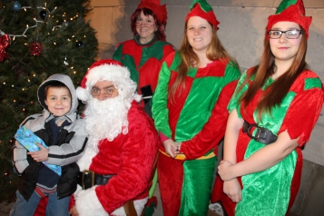 Coaldale Holiday Tree Lighting, Via C.H.O.S.E., Borough Hall, Coaldale, 11-29-2015 (59)