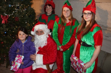 Coaldale Holiday Tree Lighting, Via C.H.O.S.E., Borough Hall, Coaldale, 11-29-2015 (69)