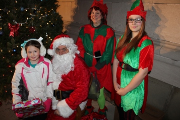 Coaldale Holiday Tree Lighting, Via C.H.O.S.E., Borough Hall, Coaldale, 11-29-2015 (70)