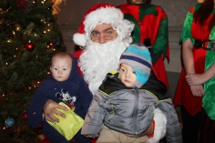 Coaldale Holiday Tree Lighting, Via C.H.O.S.E., Borough Hall, Coaldale, 11-29-2015 (77)